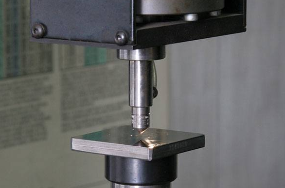 Brinell, Rockwell, and Vickers Hardness Conversion Chart | Compare Rockwell and Brinell Hardness Test | CNCLATHING